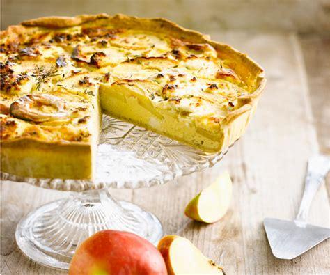 recette de cyril lignac quiche aux pommes  au chevre