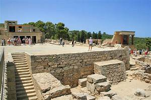 File:Knossos - 07.jpg - Wikimedia Commons