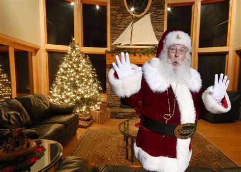 Lori's Blog Reviews And More Review I Caught Santa Com A