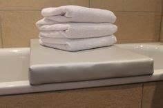 Abdeckung Für Badewanne : die besten 25 badewannenauflage ideen auf pinterest badewannenabdeckung badewanne abdeckung ~ Frokenaadalensverden.com Haus und Dekorationen