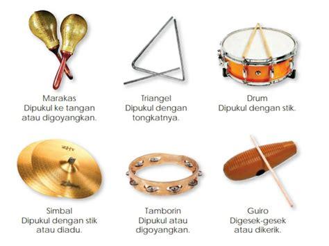 Berikut ini akan kami ulas berbagai macam dan contoh dari alat musik ritmis tradisional yang unik yang tesebar di berbagai daerah di dunia dan disertai asal daerahnya, gambar serta cara memainkannya. Alat Musik Yang Tidak Memiliki Nada Disebut - Coba Sebutkan