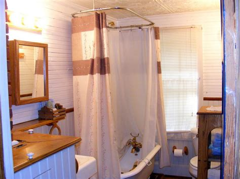 Elegant Clawfoot Tub Shower Curtain Proper Way To Hang Curtain Tie Backs Where Rods Ready Made Curtains Pretoria East Beaded Doorway Canada Best Drop Cloth Sheer For Large Windows Bay Window Kitchen Ideas Wooden
