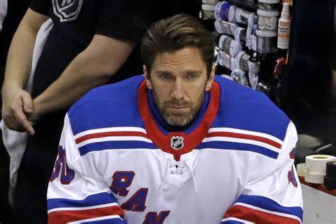 Henrik Lundqvist Announces He Will Not Join Capitals In ...