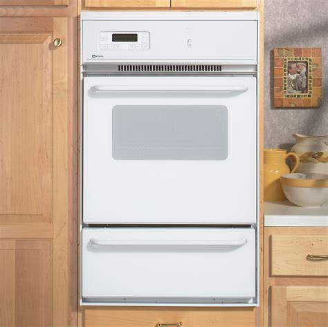 Maytag CWG3100AAE 24? Single Standard Clean Gas Wall Oven