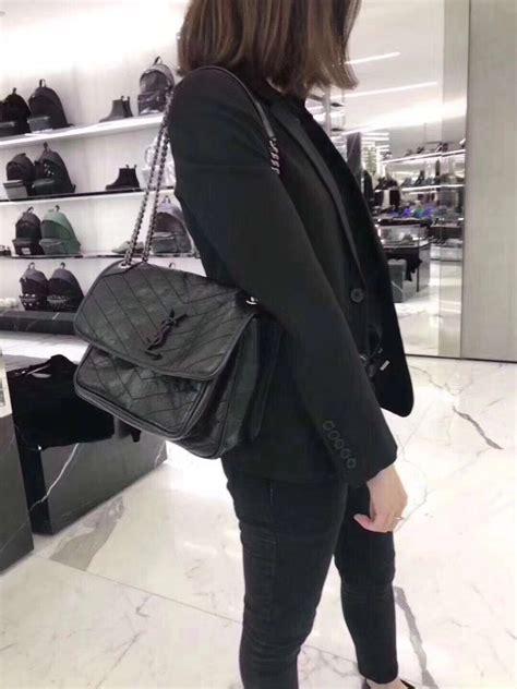 yves saint laurent medium niki chain bag  black