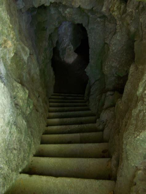 quinta da regaleira templates ficheiro palacio da regaleira gruta do labirinto1 sintra