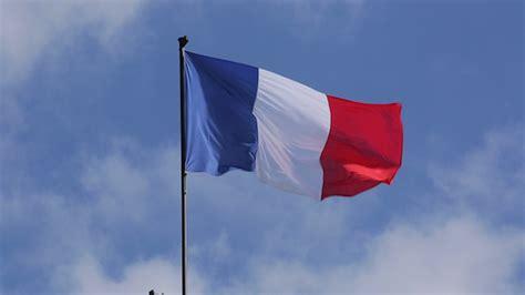sor aalm frnsa rmzyat okhlfyat france flag myksatk