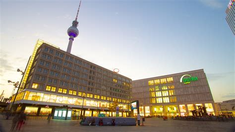 alexanderplatz  curtyard   center  berlin