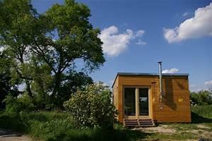 Kleines Haus Mit Garten Kaufen : wohnen im mini haus biorama ~ Frokenaadalensverden.com Haus und Dekorationen