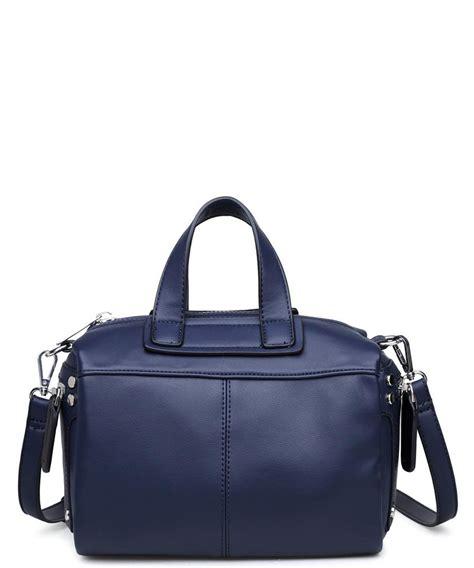 urban expressions calvin satchel bag