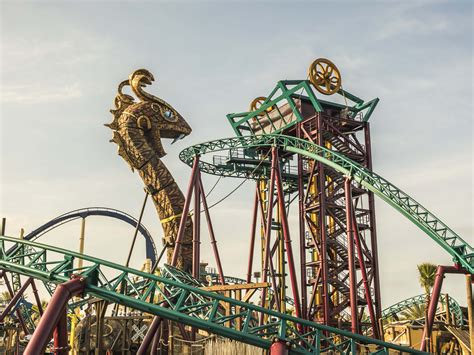 busch gardens pass seaworld 3 for 2 ticket with unlimited free parking