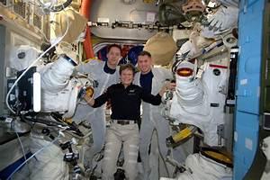 Thomas Pesquet partage son expérience d'astronaute en images