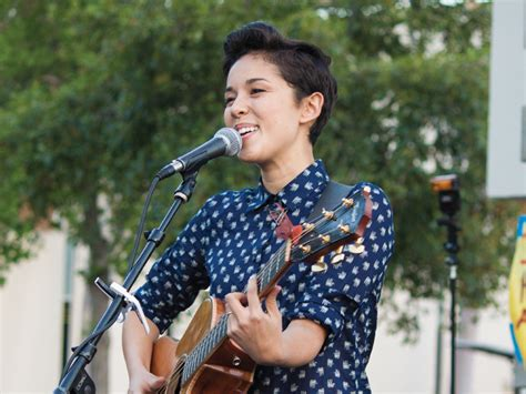Kina Grannis Amazes At Side By Side Concert