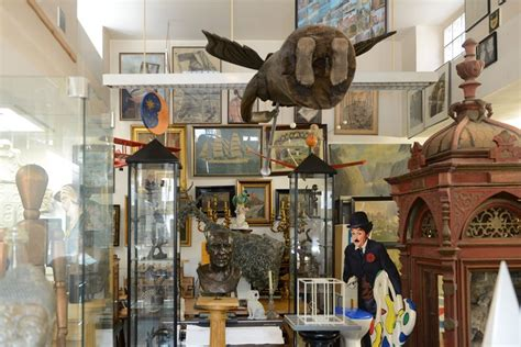 magnificent obsessions  artist  collector