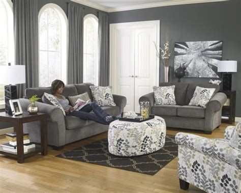 Levon Charcoal Sofa Ashley Furniture by Paint Color Sw Gauntlet Gray Or Dovetail