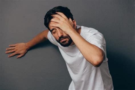 hypoglycemia  picture symptoms  treatment