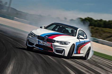 Bmw Drifting by 2015 Bmw M4 In Spectacular Drifting Fashion Performancedrive