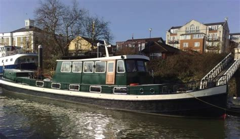 Houseboat Zoopla by 7 Houseboats For On The Water Zoopla