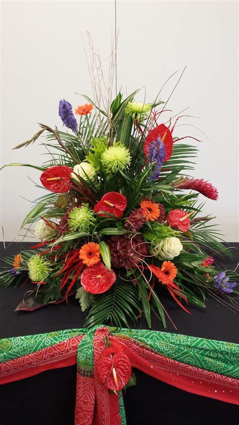 wedding ceremony table decorations wedding flowers