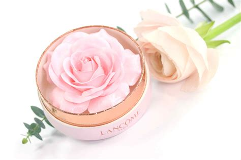 Lancome Highlighter review lancome la blush highlighter innenaussen