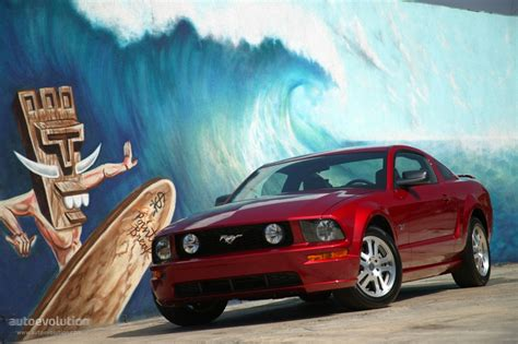 ford mustang specs