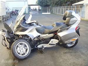 Can Am Spyder A Vendre Particulier : moto accident e can am atv spyder canam can am gris ~ Maxctalentgroup.com Avis de Voitures