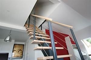 Escalier tendance peinture speciale escalier avec for Beautiful peindre des marches d escalier en bois 2 escalier hetre et blanc erics lux blog