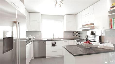 cuisine armoires blanches décoration cuisine armoire blanche