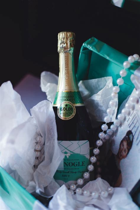 this tiffany and co themed bridal shower is a must see