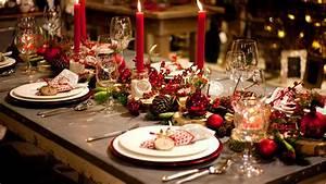 Festliche Tischdeko Weihnachten : festliche tischdekoration einfache tricks die g ste beeindrucken youtube ~ Sanjose-hotels-ca.com Haus und Dekorationen