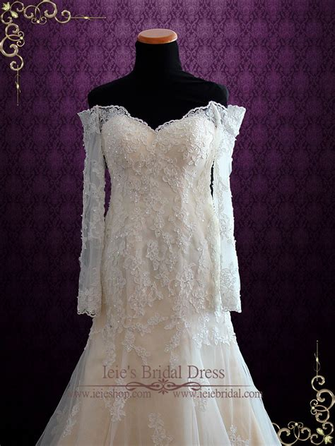 Champagne Vintage Style Lace Wedding Dress With Off