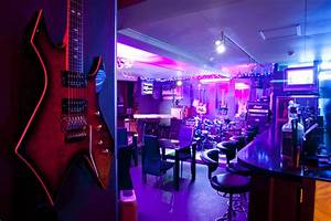 Is There A Red Light District In Hong Kong Shinjuku S Top Rock Bars Time Out Tokyo