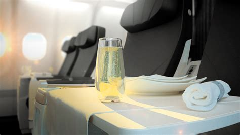 paxnouvelles air transat am 233 liore sa classe club