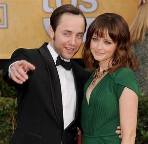 Alexis Bledel Archive - Daily Dish