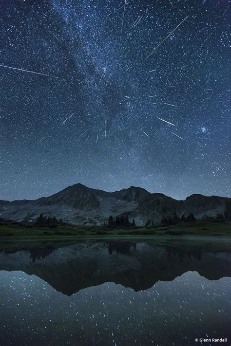 Photographing Meteor Showers - nature photography landscape tips outdoor photographer
