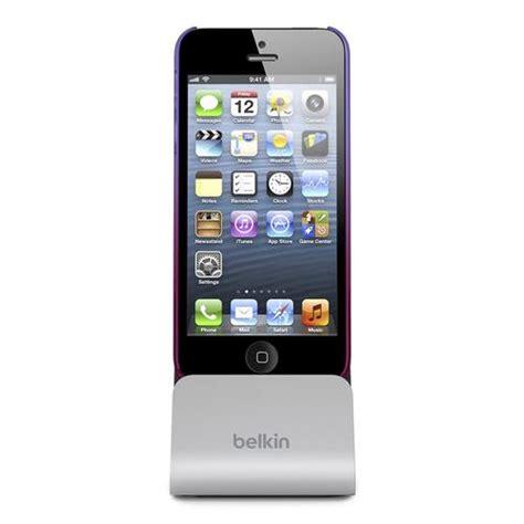 belkin iphone 5 charger belkin charging dock for iphone 5 gadgetsin