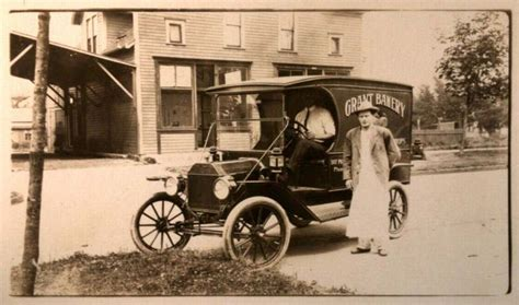 Model T Ford Forum: Old Photo - Brass Era Bakery Delivery Van