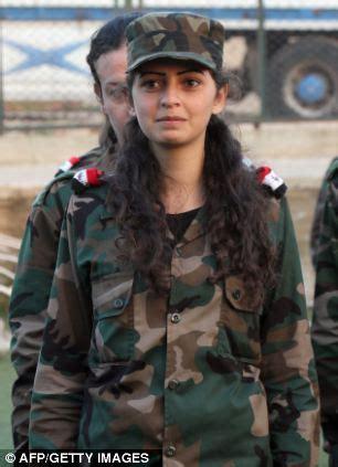 women enlisted  armed  kalashnikovs  syrias