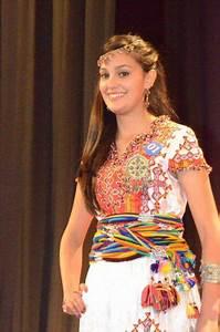 Robe Algérienne 2016 : photo robe kabyle 2016 beaut des femmes en 2018 pinterest robe kabyle et robe kabyle moderne ~ Maxctalentgroup.com Avis de Voitures