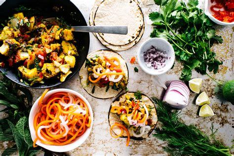 vietnamese fish tacos  quick pickled carrots