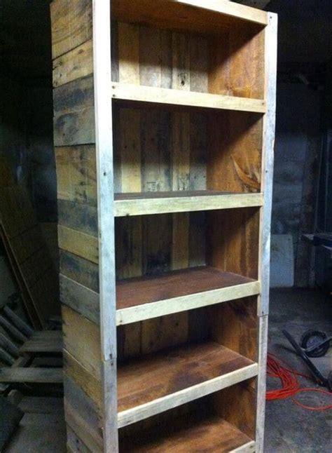 bookshelf   reclaimed pallets  pallets
