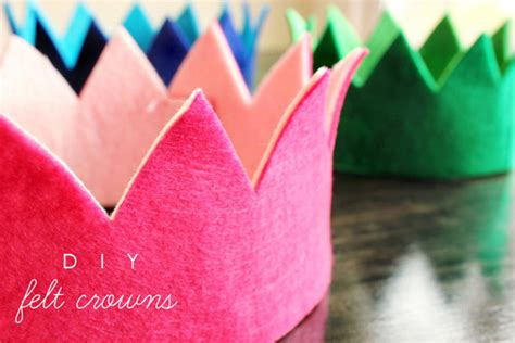beautiful diy crowns housing  forest