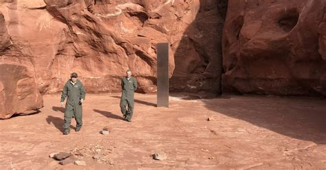 weird monolith     utah desert jaweb