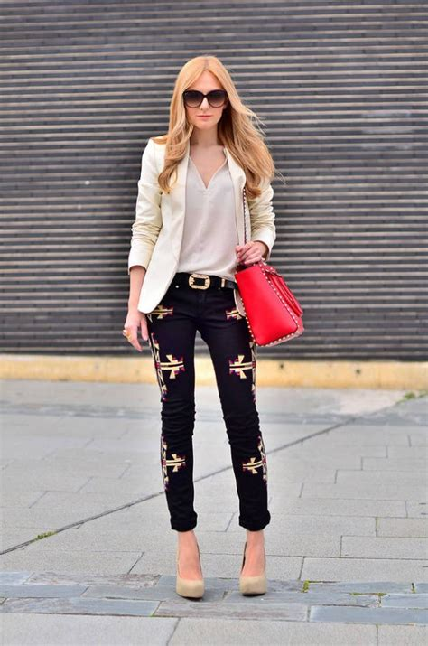 Stunning Blazer Outfits for Women to Look Attractive - Ohh My My