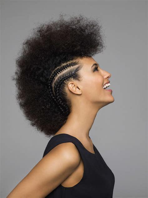 Voir plus d'idées sur le thème coiffure africaine, coiffure berlys coiffure on instagram: Coiffure Africaine Tresse Meche Tresses Africaine Pour ...