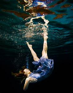 Underwater Photo Poses on Pinterest | Underwater ...