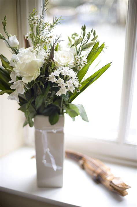 vase  white flowers  stockarch  stock