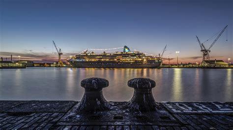 Every episode features a cruise to a different spectacular location aboard a german luxury liner. Traumschiff Foto & Bild | Bilder auf fotocommunity