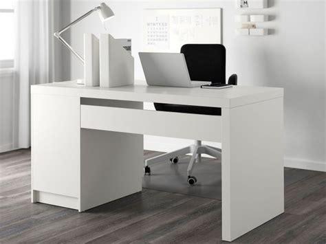 Schreibtisch Bei Ikea by Der Schreibtisch Klassiker Ikea Malm Desklove