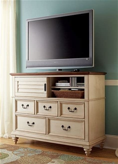 entertainmentmedia southport media chest distressed